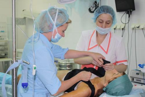 Пластические операции в Москве - операция по увелечению груди - оперирует пластический хирург. проф. Гагарина С.В.